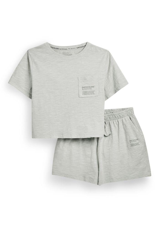 Kids Mint T-Shirt And Shorts - 12 euros.