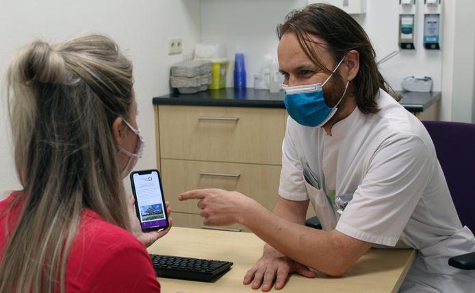 Patiënten die in het SKB in Winterswijk worden behandeld aan eenvoudige letsels zoals een sleutelbeenbreuk, gebroken teen of verstuiking, hoeven niet meer altijd terug te komen voor een controle.