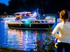 Verlichte boten zorgen voor prachtig schouwspel op het Wantij