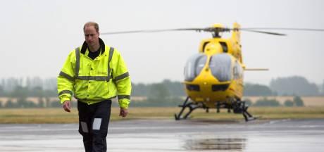 Prins William wil terug in helikopter in strijd tegen coronavirus