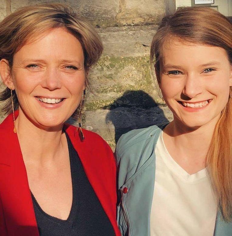 Katrien Partyka en Nicky Martens doen een gooi naar een zitje in het Vlaams parlement.