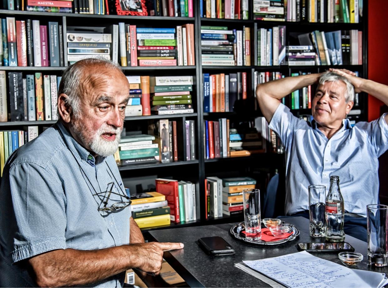 Jan Peumans (N-VA) en Bert Anciaux (sp.a) zaten vroeger samen in de Volksunie.  Beeld