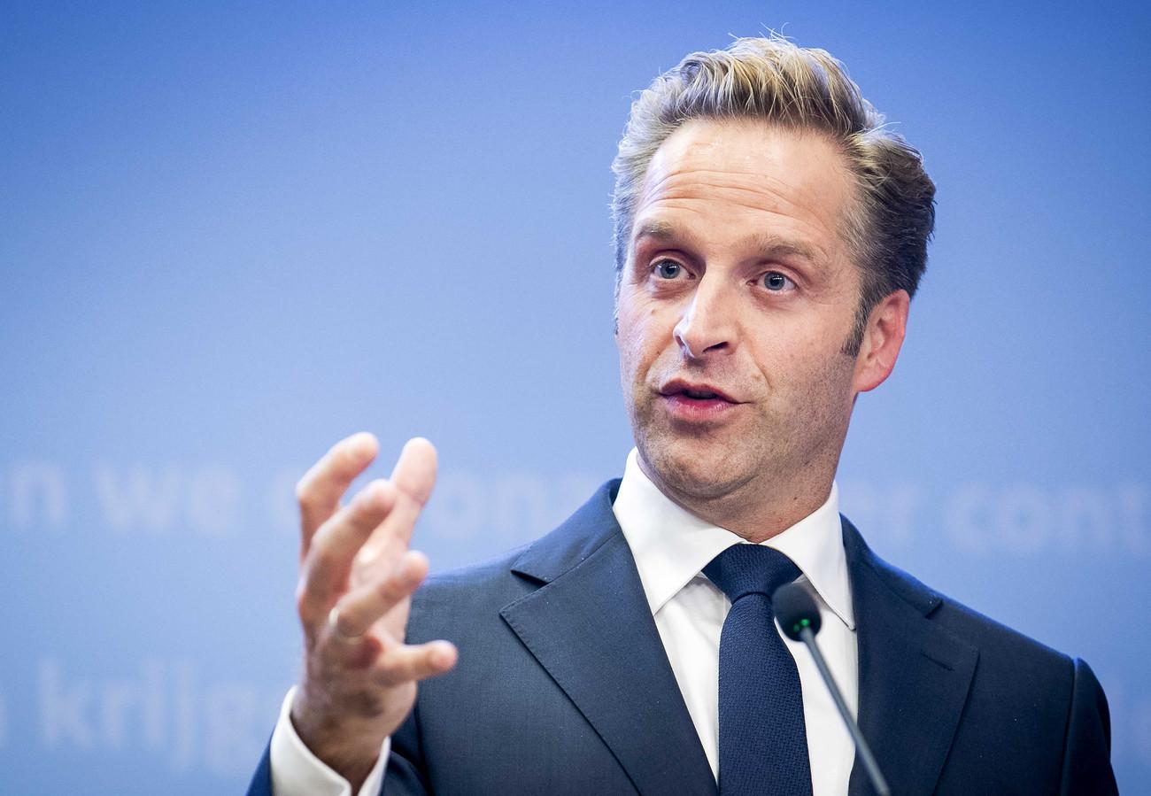 Minister Hugo de Jonge (Volksgezondheid, Welzijn en Sport) tijdens de laatste coronapersconferentie.