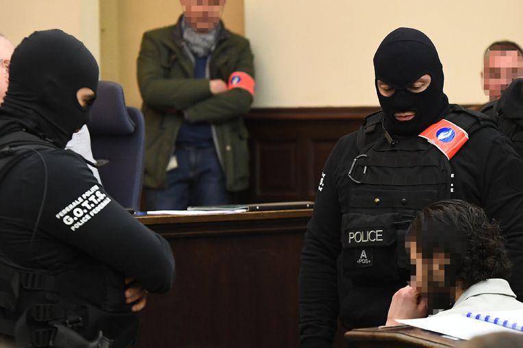 Salah Abdeslam in de rechtbank.  Beeld Photo News