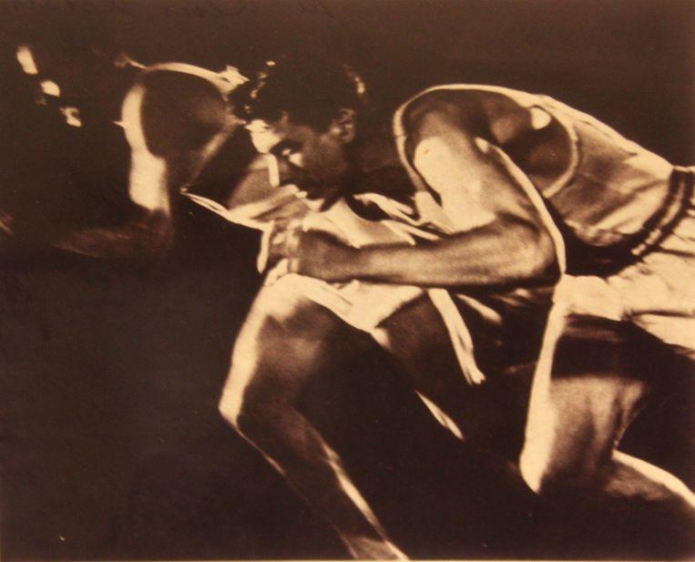 Hardlopen.'Ondanks alle geschreeuw van Hitler vond ik de sport prachtig.'Foto uit die documentaire Olympia van Leni Riefenstahl, 1936. Beeld .