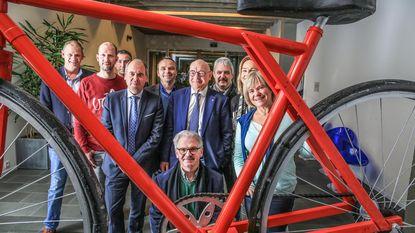 Sinksen versterkt wielerwedstrijd