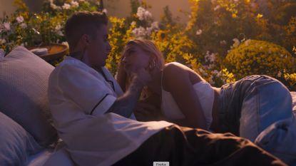Justin Bieber brengt ode aan zijn vrouw in nieuwe videoclip