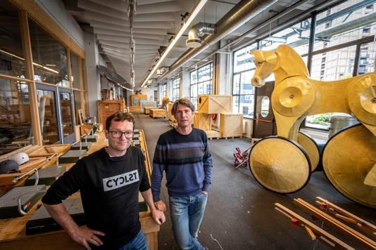 Initiatiefnemers Chris Voets (links) en Hugo Vrijdag van de Ontdekfabriek.