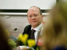 Na vertrek wethouder Becker krijgt ook burgemeester Divendal het drukker