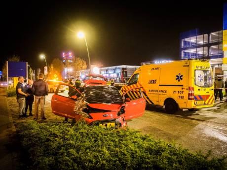 Auto's botsen op elkaar op Ekkersrijt in Son: veel politie op de been bij automeeting op industrieterrein