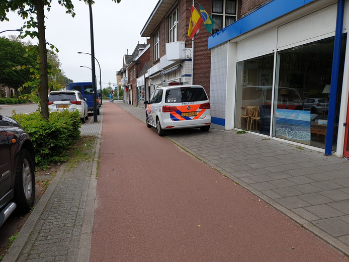 Ontruiming hennepkwekerij Oelerweg Hengelo.