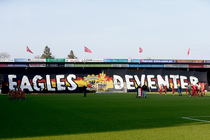 supporters of Go Ahead Eagles