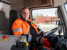 Gratis broodje bal voor Zutphense vuilnisman Ruud en zijn collega's als dank voor 'vitaal beroep'