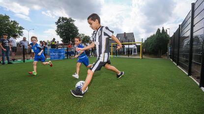 Jorgo (8) krijgt eigen voetbalplein