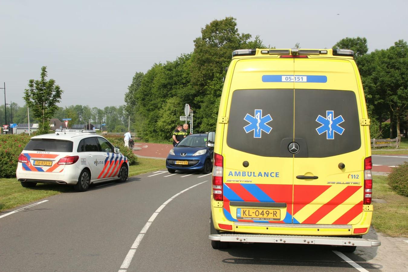 De mountaikbiker is naar het ziekenhuis gebracht