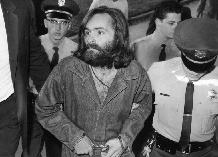 Charles Manson was serving nine concurrent life sentences. He died Sunday at age 83. Beeld Photo News