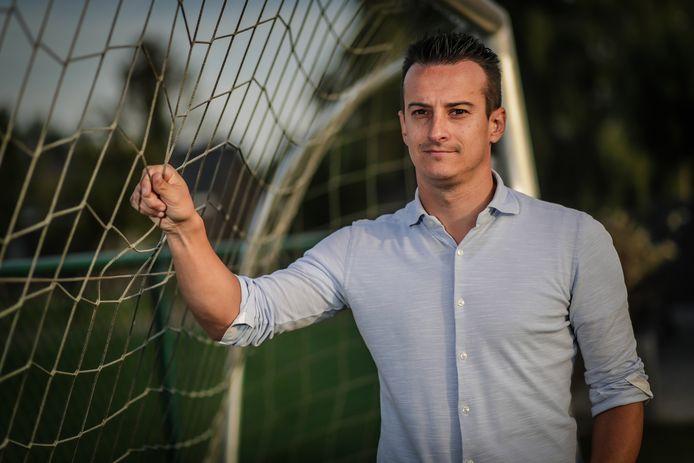 Trainer Kevin Baets (FC Alken) is tevreden over de competitiestart. De thuiswedstrijd tegen Eendracht Mechelen A/D Maas vraagt om bevestiging.