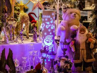 """Jingle Bells! Jingle Bells! In Brugge opent nieuwe en tijdelijke Christmas-shop in Steenstraat: """"Vissen aan de kerstboom? Niks is gek genoeg"""""""