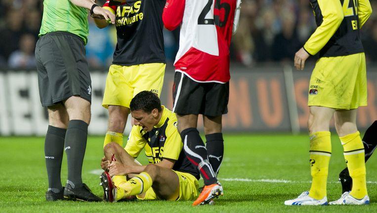 Martens liep bijna drie weken geleden tijdens de wedstrijd tegen Feyenoord een forse wond aan zijn scheenbeen op. Beeld anp