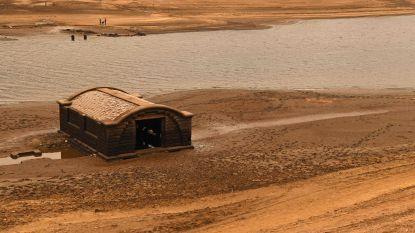"""""""Verloren"""" dorpje ontdekt door lage waterstand in Engeland"""