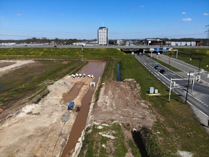 Het verkeer vanuit Almelo naar de A35 richting Enschede wordt de komende twee weekends fors ontregeld.