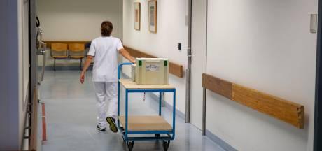 Medisch personeel: uitkleden IJsselmeerziekenhuizen risico voor overname