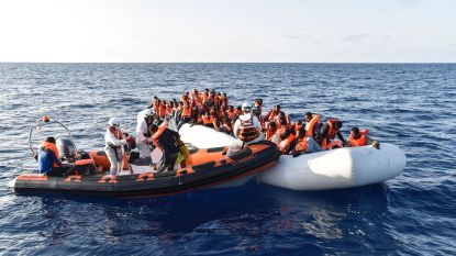 Europese grensbewaking telt opnieuw meer vluchtelingen op mediterrane route en vloog vorig jaar 14.000 migranten terug