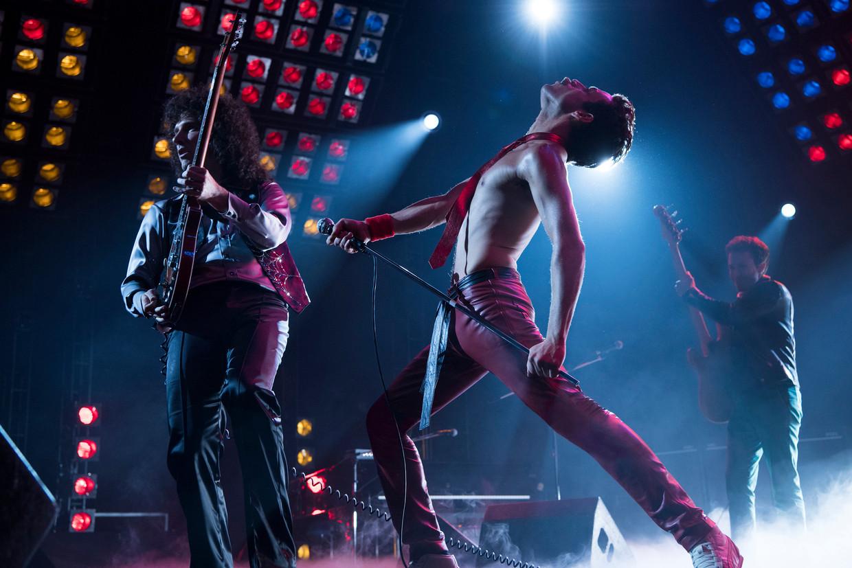 Rami Malek als de flamboyante Queen-zanger Freddie Mercury in 'Bohemian Rhapsody'.  Beeld AP