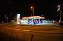 Het Esso-tankstation werd afgelopen nacht overvallen door twee personen.