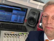 Sjors Fröhlich reikt lintjes opnieuw uit in radio-uitzending Lintjescappuccino