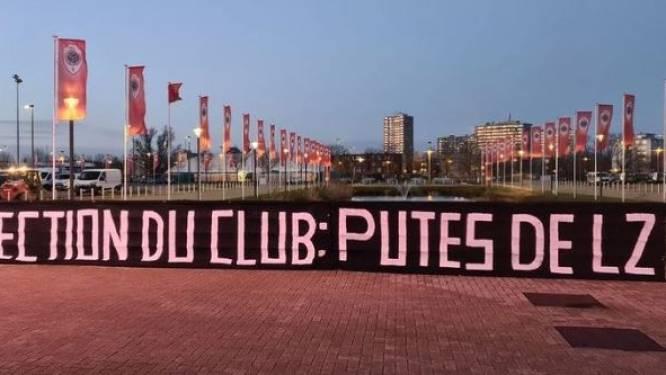 Matchwinnaar of niet: nieuw spandoek toont aan dat het wellicht nooit meer goed komt tussen Antwerp-fans en Lamkel Zé