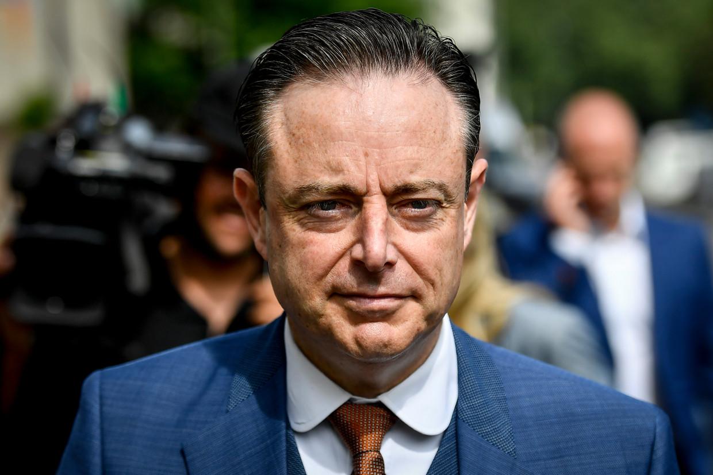 """Formateur Bart De Wever (N-VA) zal volgens bronnen dichtbij de onderhandelingen zijn keuze """"eerstdaags"""" bekendmaken. Beeld BELGA"""