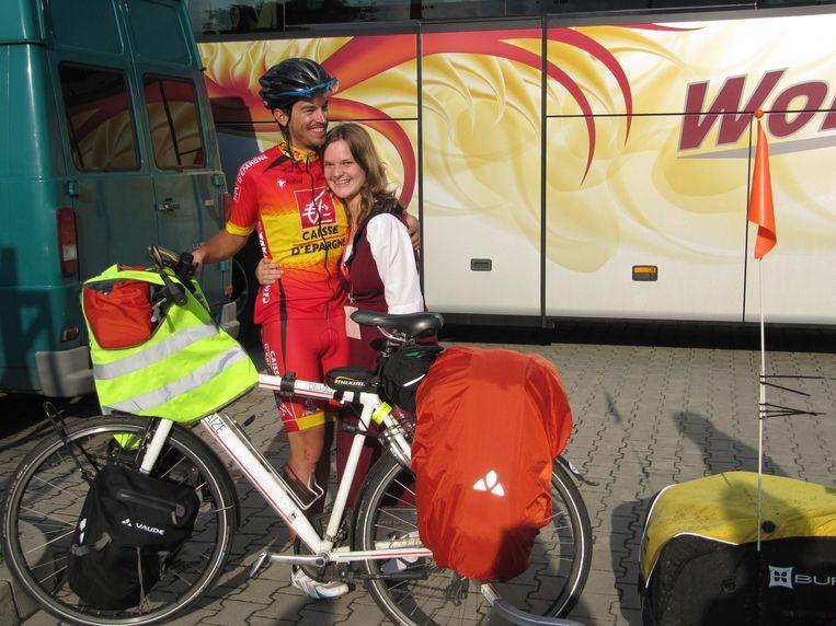 Na een tocht van 1.600 kilometer ziet Wim eindelijk zijn vriendin.