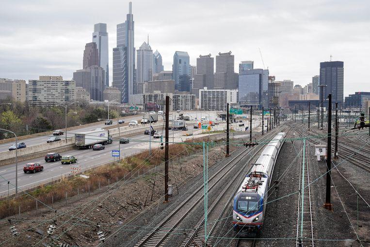 Een Amtrak-trein in Philadelphia. Beeld AP
