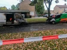 Brandweer in Enschede heeft drukke nacht achter de rug met serie branden