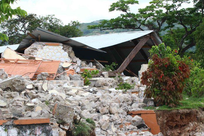 Ingestorte gebouwen in Les Cayes in het zuidwesten van het land.