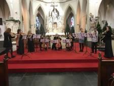 Cugnon Consort speelt Vier Jaargetijden in Kasteel Helmond