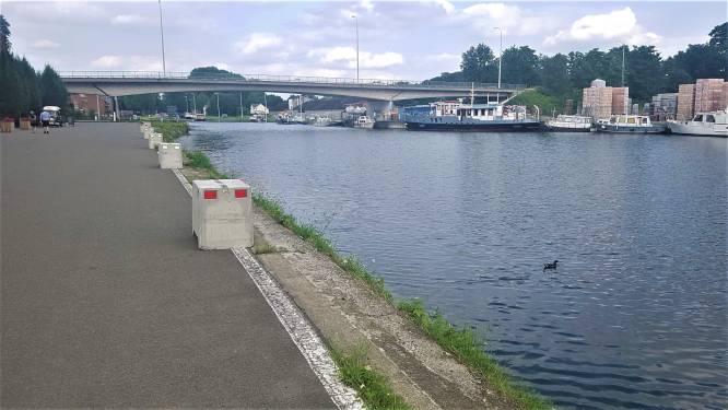 Betonblokken aan kanaal in Ten Aard om verdere ongevallen te vermijden