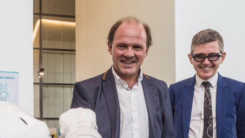 Vlaams minister Philippe Muyters en CEO Stephane Berghmans  ondertekenden vandaag een nieuw convenant voor Technopolis.
