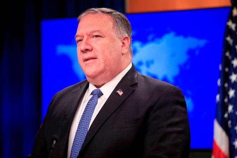 Mike Pompeo tijdens een persconferentie op het ministerie van buitenlandse zaken. Beeld AFP