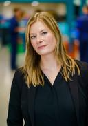 Examensecretaris Helen van Heeringen heeft het druk om de praktijkexamens goed te laten verlopen.
