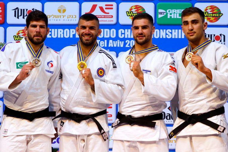 Toma  Nikiforov, tweede van links, bezorgde België een tweede medaille op het EK judo. Beeld AFP