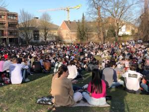 Druk, drukker, drukst: lentezon lokt mensen massaal naar buiten