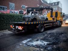 Waarom sleept Schiedam auto's snel weg, terwijl Vlaardingen maar niet in actie komt?