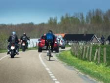 Gas open en te lawaaierig op dijk bij Amerongen? Dan verdien je een flinke prent, zegt motorrijdersclub