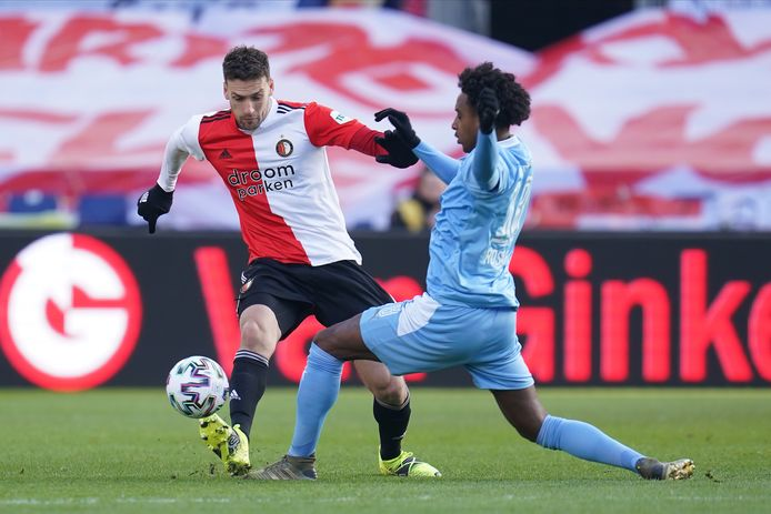 Eric Botteghin in actie tegen PSV.