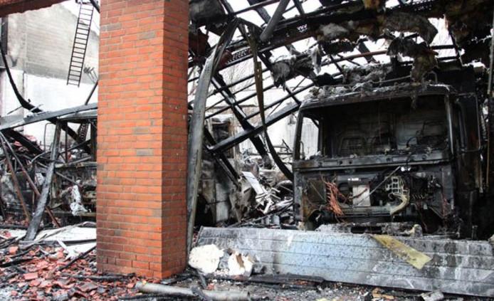 De vrijwillige brandweer van het Duitse plaatsje Kronshagen, in vlammen opgegaan.
