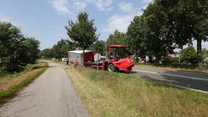 Truck verliest oplegger in Nijverdal, verkeer van en naar Rijssen gestremd