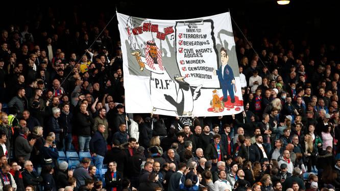 Onderzoek naar anti-Saoedisch en 'aanstootgevend' spandoek bij wedstrijd Newcastle