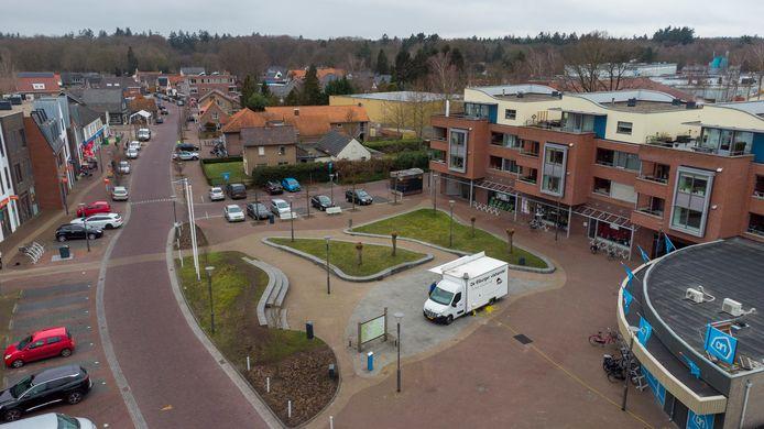Alle panden aan het Van de Pollplein, het dorpsplein in Wapenveld, zijn nu bezet.